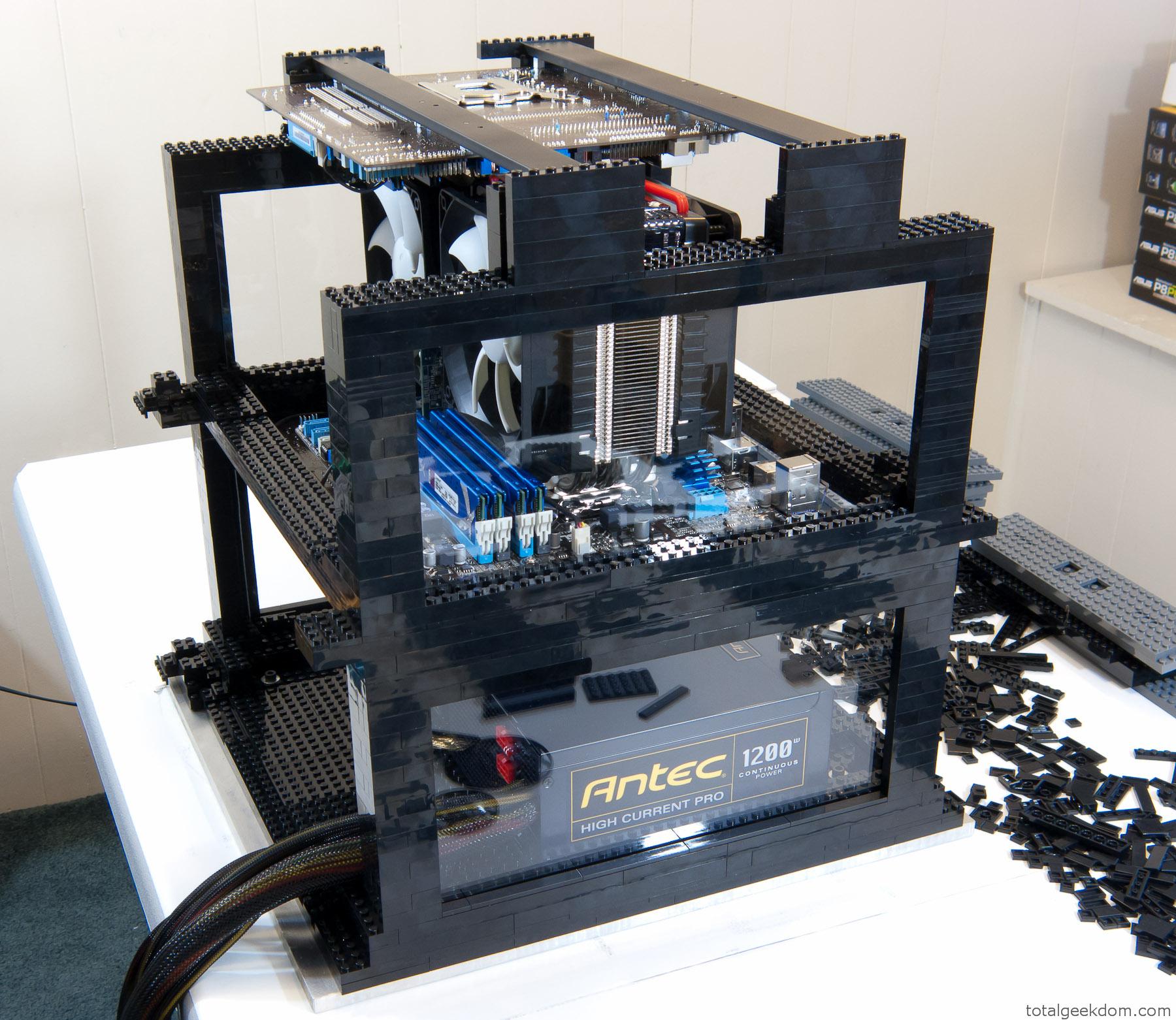 Lego Computer Amp Folding Farm Total Geekdom