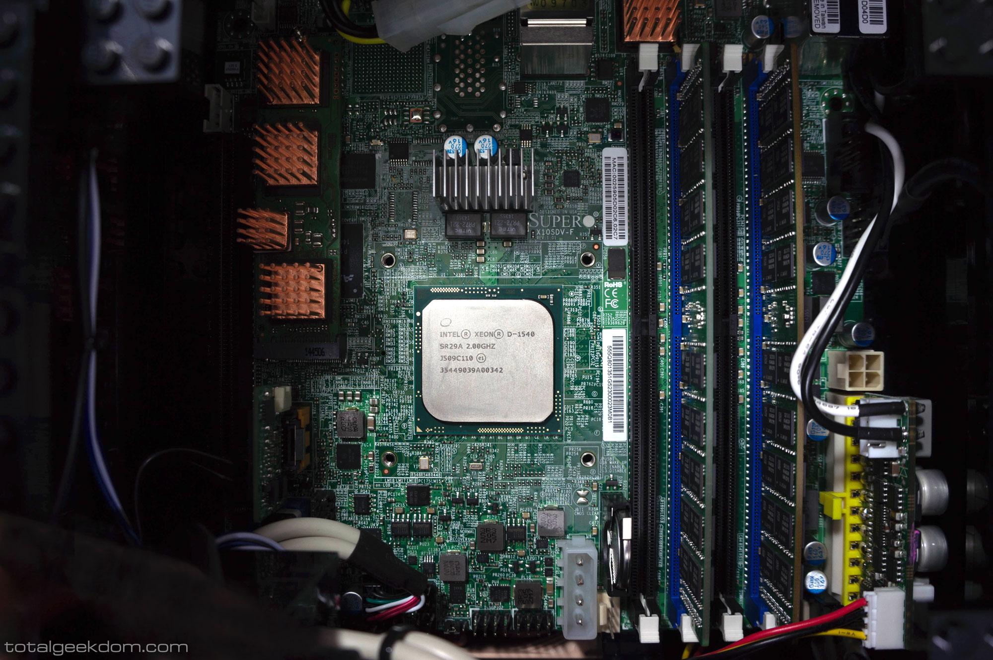 Xeon D-1540
