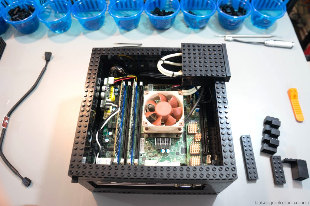 Lego Server USB Ports